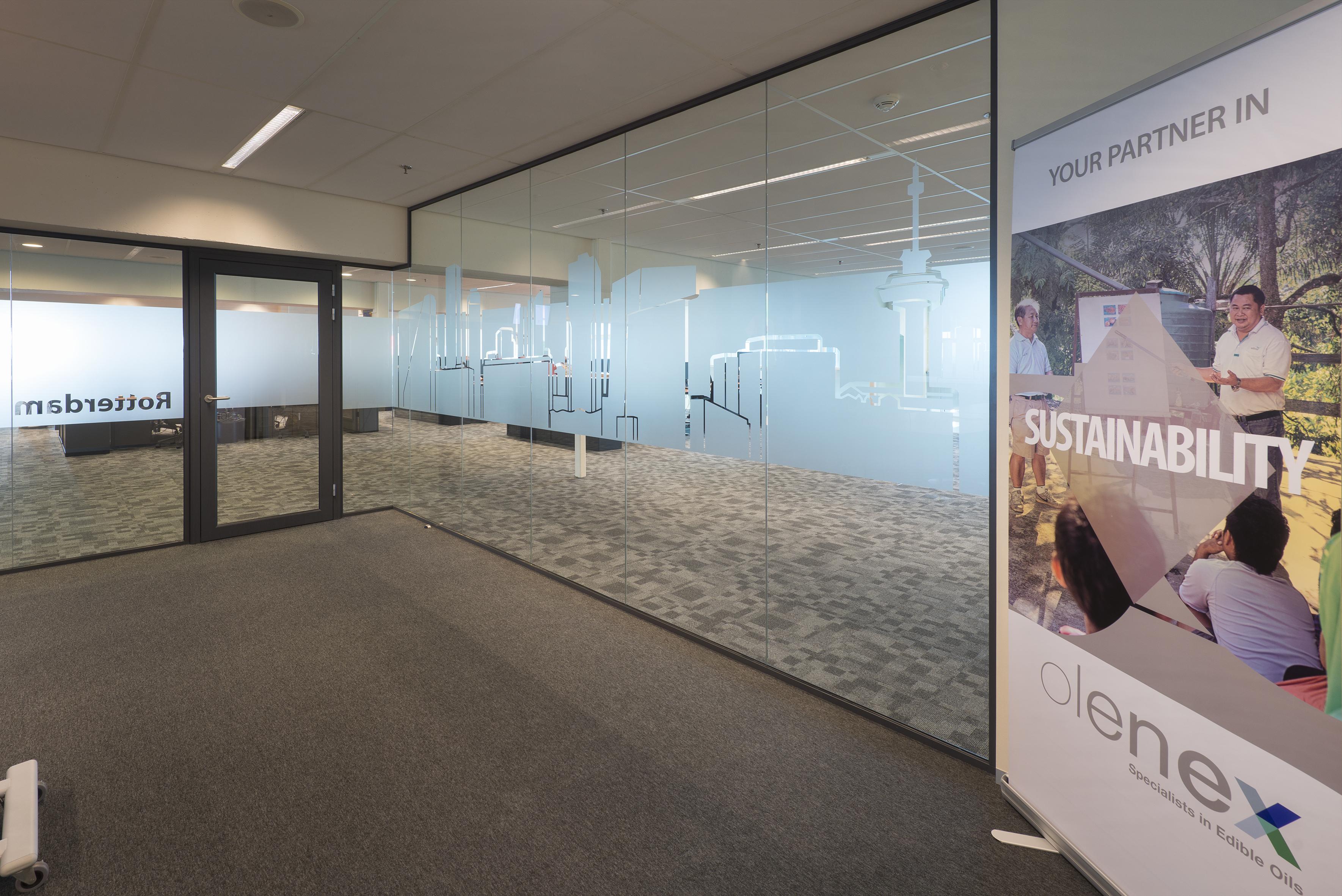 Glasfolie kantoor Olenex door Korteland
