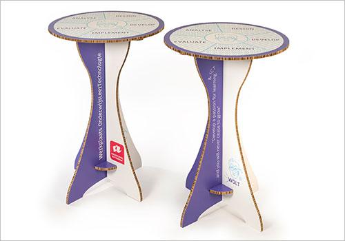 Kartonnen tafel